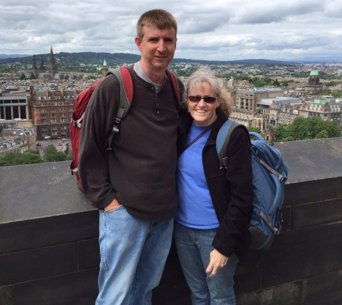 mom-and-dad-at-edinburgh-castle