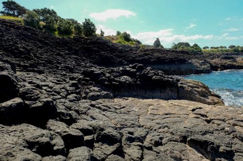 lava-rocks