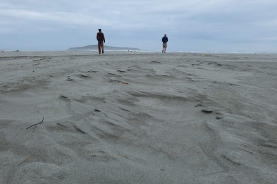 A couple of my fellow travelers on a beach south of Dunedin.